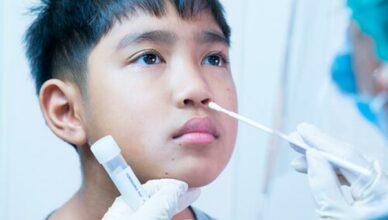 Kind und PCR-Test